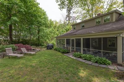 35 MIDDLESEX AVE, Chester, CT 06412 - Photo 2