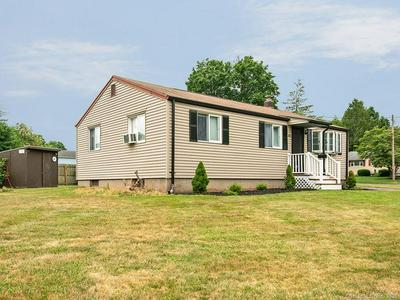103 OVERHILL DR, Berlin, CT 06037 - Photo 2