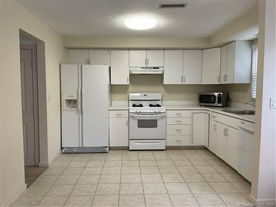 3208 WHITNEY AVE # 305, Hamden, CT 06518 - Photo 2