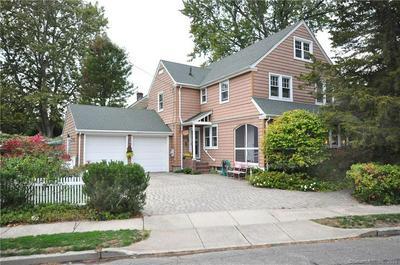 21 ELLSWORTH RD, West Hartford, CT 06107 - Photo 2