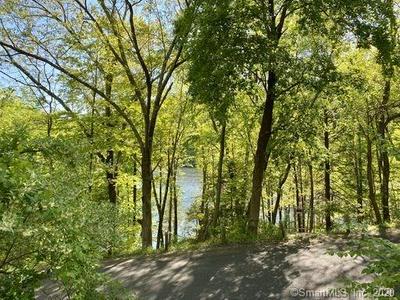 9 LAKE LILLINONAH RD S, Bridgewater, CT 06752 - Photo 2