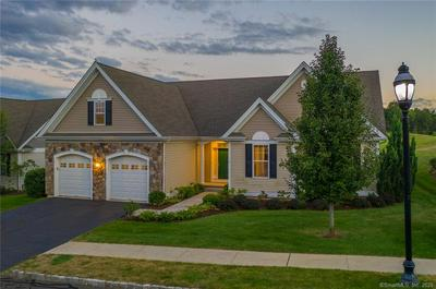 7 BAY HILL DR, Bloomfield, CT 06002 - Photo 2