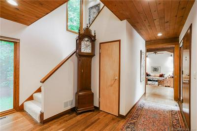 24 HIGH HILL RD, Bloomfield, CT 06002 - Photo 2