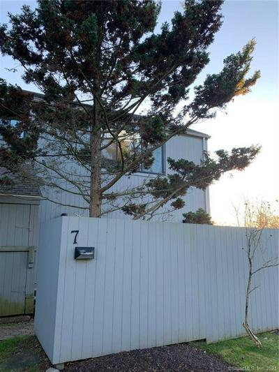 7 ISLAND PATH # 7, Ridgefield, CT 06877 - Photo 1