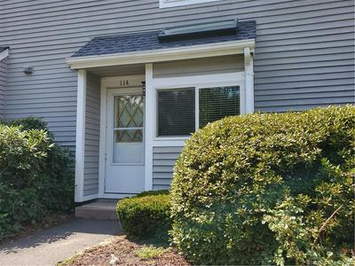 114 HILLTOP DR # 114, Simsbury, CT 06089 - Photo 2