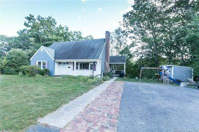 15 LESLIE ST, Plymouth, CT 06786 - Photo 2