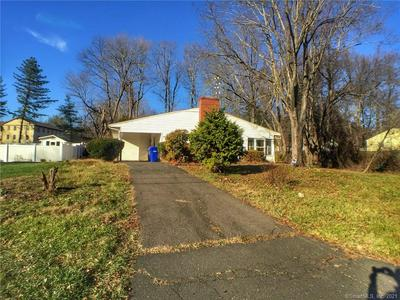 6 BRENTWOOD DR, Bloomfield, CT 06002 - Photo 1