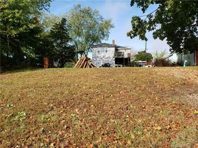 916 STONINGTON RD, Stonington, CT 06378 - Photo 2