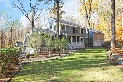 53 OLD STAGECOACH RD, Redding, CT 06896 - Photo 2
