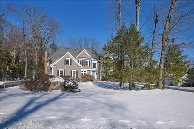 4 CLEARWATER CT, Avon, CT 06001 - Photo 2
