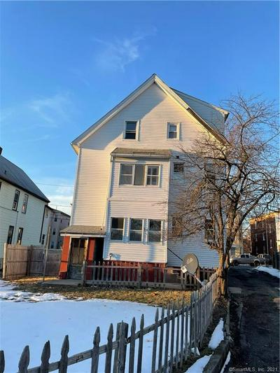 35 HAMILTON ST, Hartford, CT 06106 - Photo 2