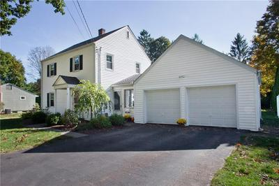 7 OAKWOOD RD, Simsbury, CT 06070 - Photo 1