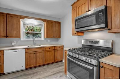 485 SAVOY ST, Bridgeport, CT 06606 - Photo 2