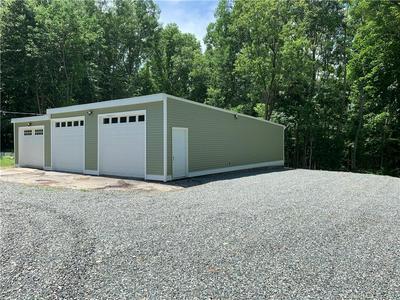 197 LATHROP RD, Plainfield, CT 06374 - Photo 2
