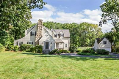 14 INDIAN CHASE DR, Greenwich, CT 06830 - Photo 2