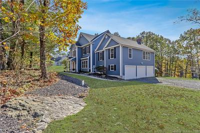 62 OLD COUNTRY RD, Oxford, CT 06478 - Photo 1