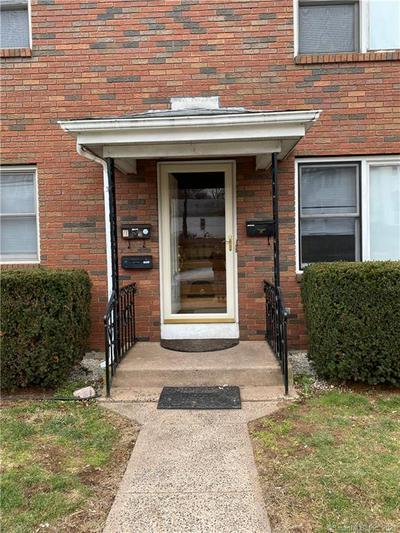 10 JOHNSON ST # 2, Middletown, CT 06457 - Photo 2