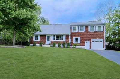 306 BARBERRY RD, SOUTHPORT, CT 06890 - Photo 1