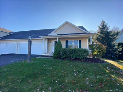 118 MEADOW BROOK RD # 118, Oxford, CT 06478 - Photo 1