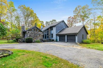 201 GOVERNORS HILL RD, Oxford, CT 06478 - Photo 2