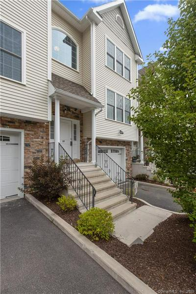 27 SHORT OAK DR # 27, Brookfield, CT 06804 - Photo 1