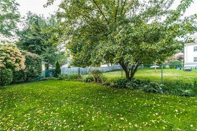 1059 FARMINGTON AVE, West Hartford, CT 06107 - Photo 2