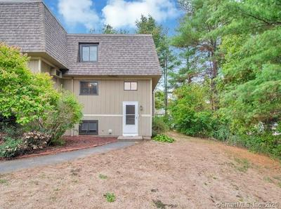 61 SUFFIELD MEADOW DR # 61, Suffield, CT 06078 - Photo 2