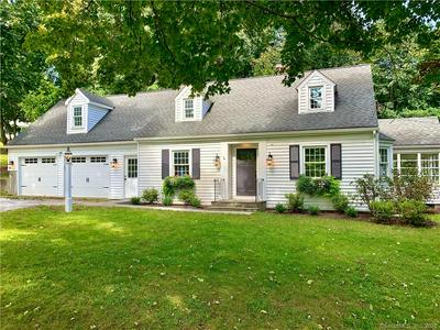 3 SCHOOLHOUSE HILL RD, Newtown, CT 06470 - Photo 1