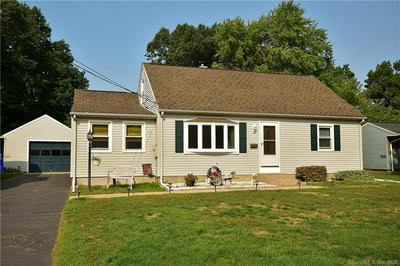 3 EDMUND LN, Enfield, CT 06082 - Photo 1