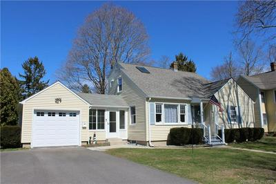 41 COULTER ST, OLD SAYBROOK, CT 06475 - Photo 1