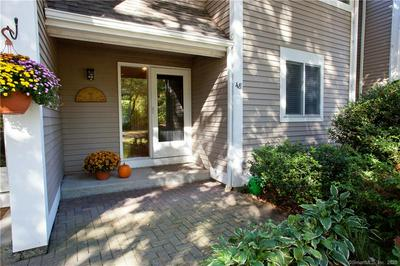 48 OLD MILL CT # 48, Simsbury, CT 06070 - Photo 2