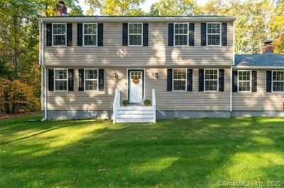 35 LAUREL LN, Simsbury, CT 06070 - Photo 2