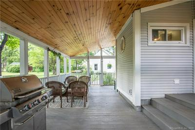 5 E TOMSTEAD RD, Simsbury, CT 06070 - Photo 2
