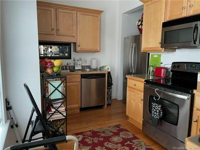 670 BOSTON POST RD APT 3A, Madison, CT 06443 - Photo 2