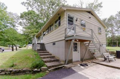 135 KITEMAUG RD, Montville, CT 06382 - Photo 2