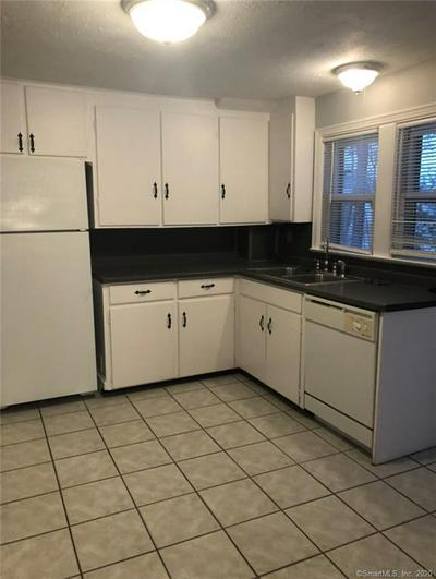 322 DEERFIELD RD # 2, Windsor, CT 06095 - Photo 2