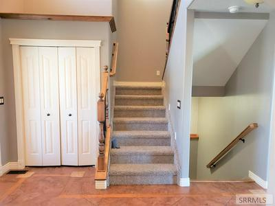 2630 HILLVIEW DR, POCATELLO, ID 83201 - Photo 2
