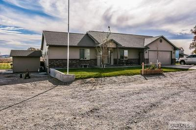 405 W RIVERTON RD, BLACKFOOT, ID 83221 - Photo 2