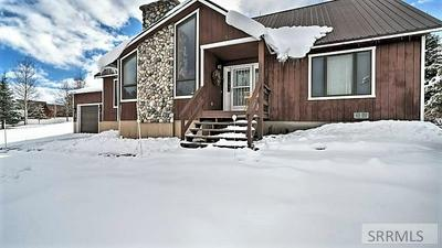 4186 TWO TOP RD, ISLAND PARK, ID 83429 - Photo 1