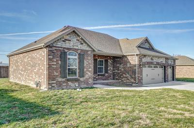 207 DUNKLE DR, Marionville, MO 65705 - Photo 2