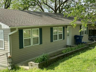509 N HENRY, Mansfield, MO 65704 - Photo 2