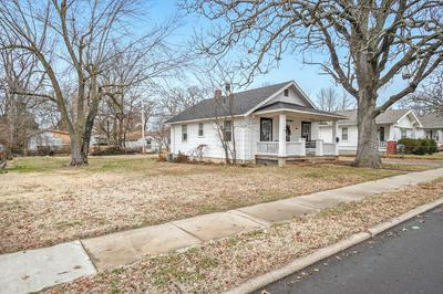 2135 N FREMONT AVE, Springfield, MO 65803 - Photo 2