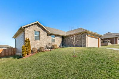 4388 N KATRINA AVE, SPRINGFIELD, MO 65803 - Photo 2