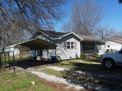 109 W GARNER ST, GOODMAN, MO 64843 - Photo 2
