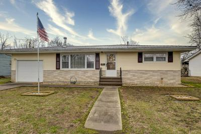 132 W CLINE ST, AURORA, MO 65605 - Photo 1