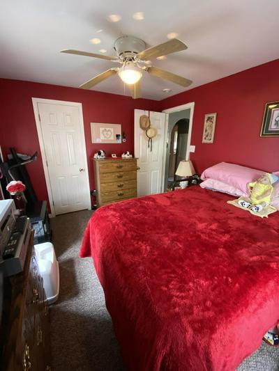 507 S COLLEGE ST, Stockton, MO 65785 - Photo 2