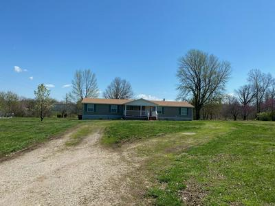 122 N MAPLE ST, Dadeville, MO 65635 - Photo 2