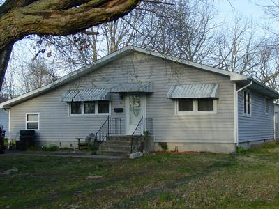 922 S OAK AVE, AURORA, MO 65605 - Photo 2