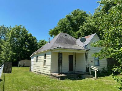 2118 W PHELPS ST, Springfield, MO 65802 - Photo 1