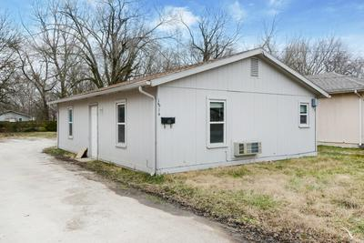 1814 N COLGATE AVE, Springfield, MO 65802 - Photo 2
